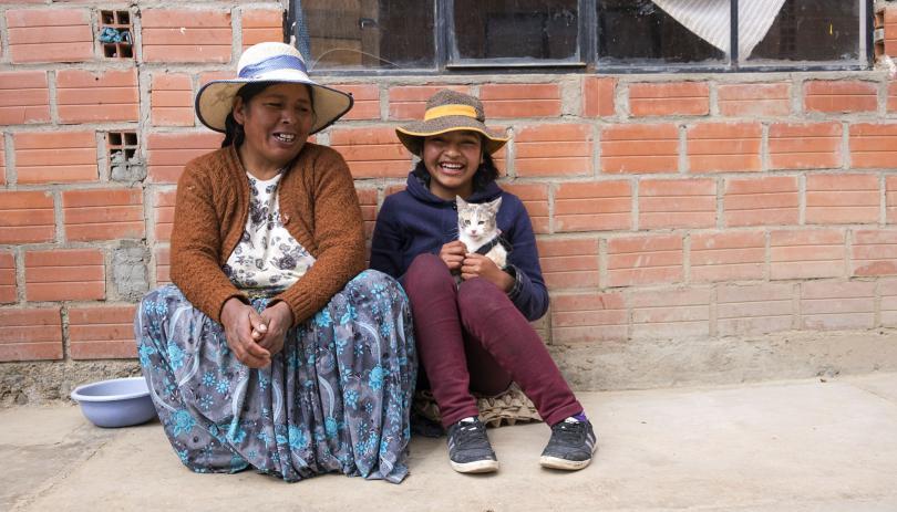 Jesica, 15, and her mother Filomena