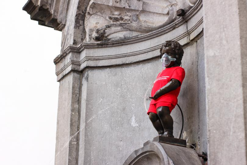 Manneken pis for world pneumonia day