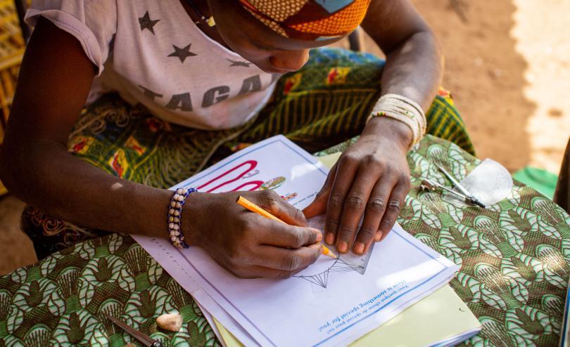 Bintou, 14, Letter writing - Mali 2018