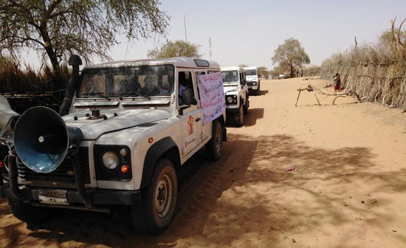 In North Darfur, Save the Children uses mobile loudspeakers and local radios to raise awareness of COVID-19 prevention measures.