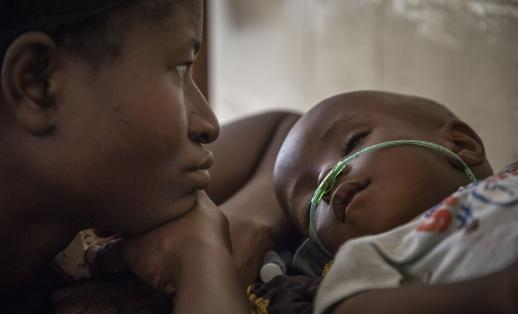Luc*, 19 months, with his mother Makenda* in hospital