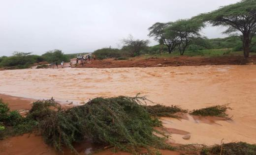 Gathuthie River, in between Rhamu and Mandera County, burst its banks