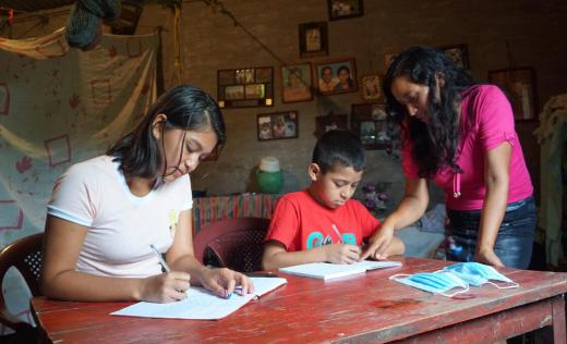 Dayana lives with her mother, older sister and younger brother