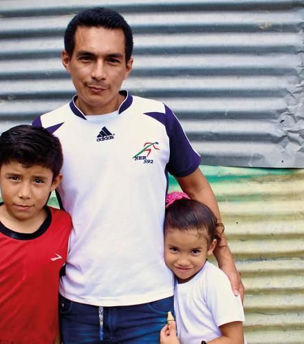 Wilfredo, 36, Colombia